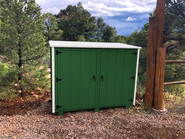 Bearicuda Aspen outdoor Storage Bin Enclosure Green