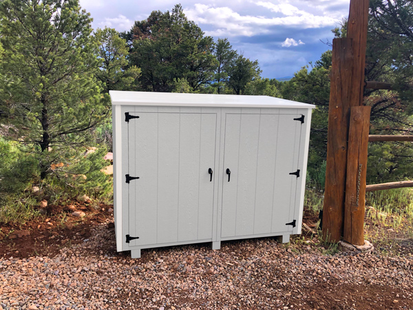 Bearicuda Aspen outdoor Storage Bin Enclosure White